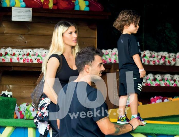 Η φωτογραφία του Στέλιου Χανταμπάκη με τον γιο του στην πισίνα που \