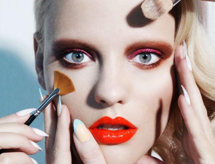 Θέλεις να μπορείς να χρησιμοποιήσεις το μισοτελειωμένο lip gloss σου; Ξέρουμε το κόλπο!