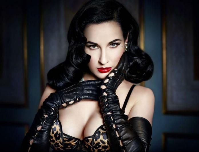 Tα 12 πολυτελή μυστικά ομορφιάς από την ιέρεια του Burlesque
