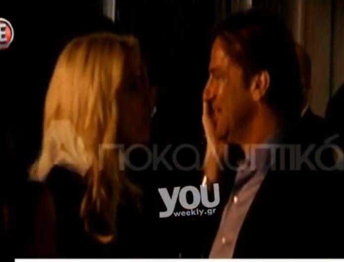 Το καυτό φιλί της Ελένης Μενεγάκη στον Μάκη Παντζόπουλο μπροστά στις κάμερες! Τρελά ερωτευμένοι τόσα χρόνια μετά (Βίντεο)
