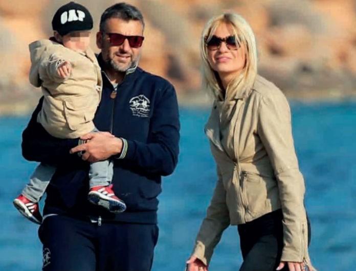 Γιώργος Λιάγκας - Φαίη Σκορδά: Ο μικρός Γιαννάκης έχει μεγαλώσει πολύ και είναι ίδιος ο πατέρας του! Η νέα φωτογραφία του παρουσιαστή στα social media!
