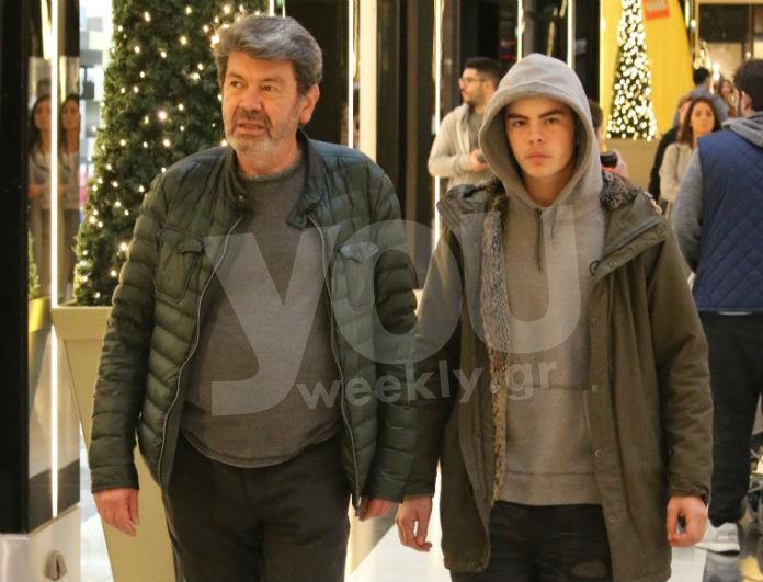 Γιάννης Λάτσιος: Βόλτα με τον γιο του Άγγελο στα μαγαζιά! Μαζί στις διακοπές Χριστουγέννων!