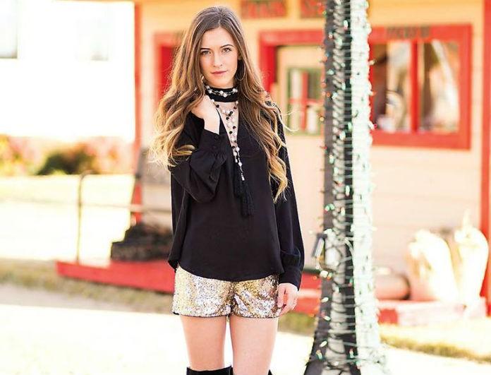 Πώς να φορέσεις το sporty glam look από το πρωί μέχρι το βράδυ! Η fashion editor του Youweekly.gr προτείνει...