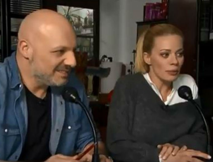Sunday Live: Η επική φάρσα με την Μαρία Σολωμού και... το τρολάρισμα από Μουτσινά - Μακρυπούλια! Θα κλάψετε σίγουρα από τα γέλια!