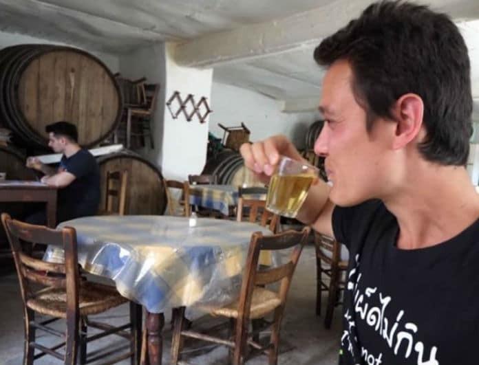 Αυτά είναι τα τρία μαγαζιά της Αθήνας που ξετρέλαναν τον Αμερικάνο food blogger! Δείτε το βίντεο με τα χιλιάδες κλικ
