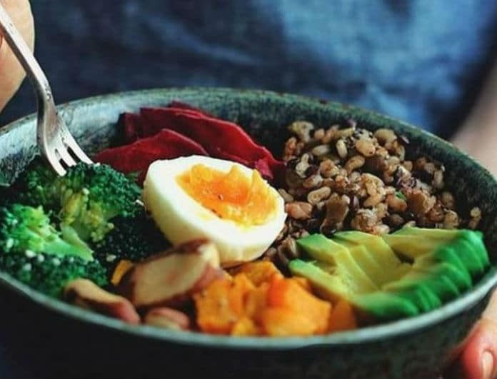 6 τροφές που πρέπει να καταναλώνεις για να μπεις στο τζιν σου!