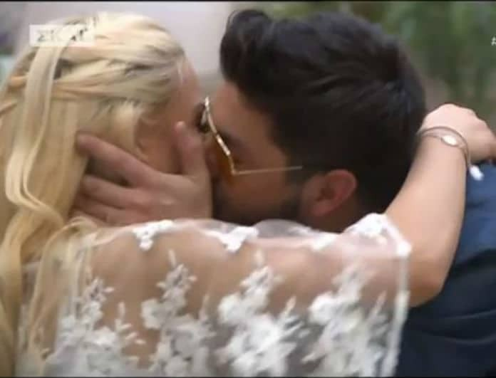 Power of Love: Φιλήθηκαν on camera ο Πάνος με τη Στέλλα! Τρυφερά τετ α τετ για το