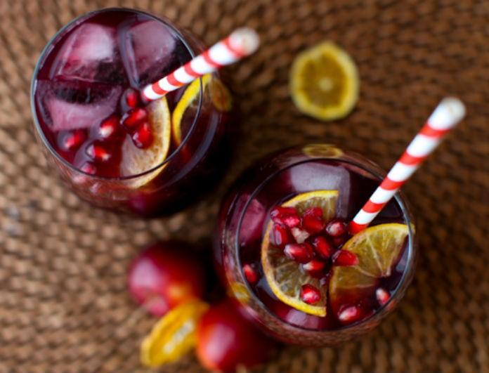 Σαγκρία με ρόδι: Κέρνα την παρέα σου ένα ποτό!