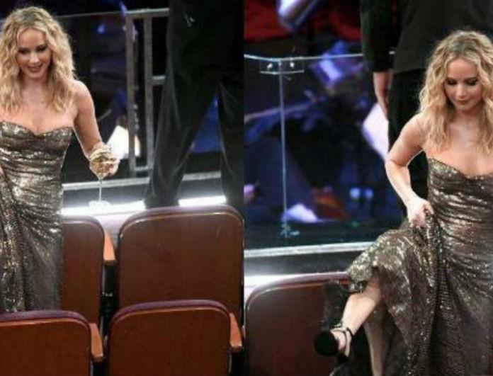 Όσκαρ 2018: H Τζένιφερ Λόρενς, η ακομπλεξάριστη πηδάει πάνω από τα καθίσματα για να μιλήσει στην... Μέριλ Στριπ! (Photo)