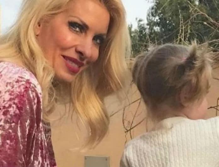 d6b42bd4a5a Το βίντεο της Μενεγάκη με την μικρή Μαρίνα! Τα γέλια του παιδιού της ...