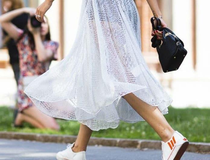 Πες αντίο στα στιλέτος: 3+1 τρόποι για να φορέσεις τα sneakers σου από το πρωί μέχρι το βράδυ!