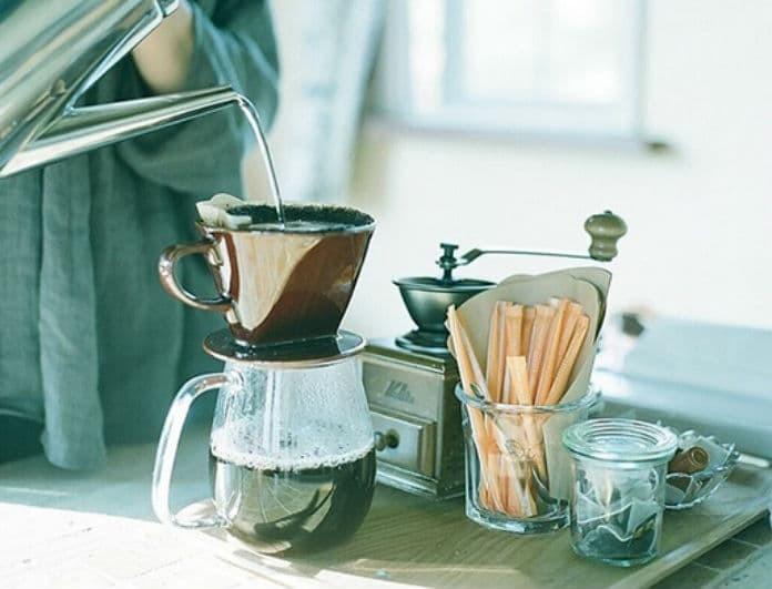 Μην πετάς το τελειωμένο φίλτρο καφέ! Πως μπορείς να το χρησιμοποιήσεις στο σαλόνι σου!