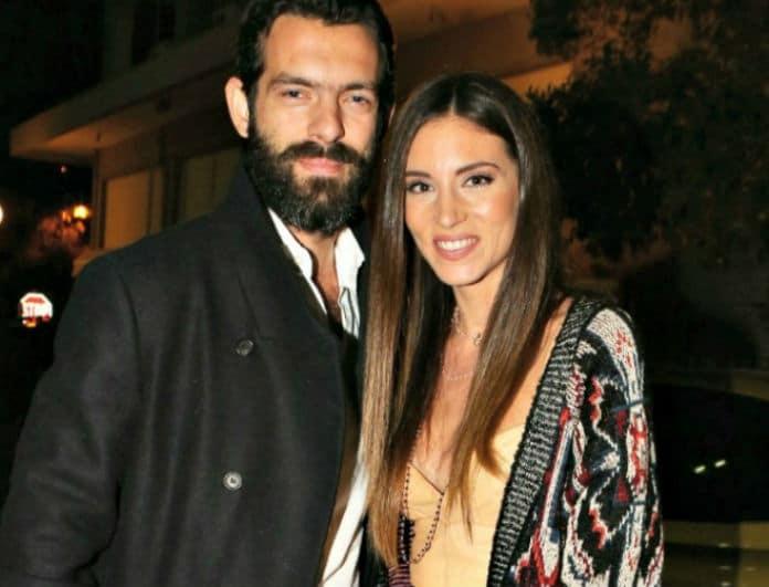Οικονομάκου- Μιχόπουλος: Η πρώτη βόλτα με το μωράκι τους!
