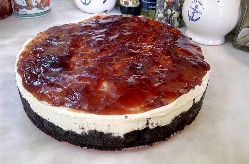 Το πιο γρήγορο και εύκολο cheesecake έτοιμο σε 10 λεπτά!