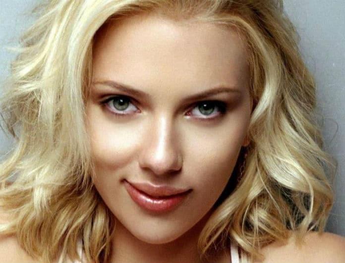 Αυτός είναι ο κούκλος σύντροφος της  Scarlett Johansson! Η πρώτη κοινή εμφάνιση του ζευγαριού!