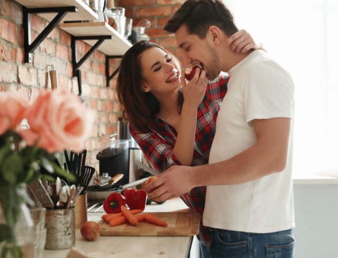 Πολυγαμία παντρεύτηκε και dating πολύ κανόνες