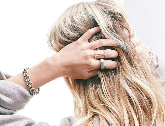 Ξεχάστε τα συνηθισμένα! Το νέο hair trend που θα φέρει τα πάνω κάτω στην εμφάνιση σου!