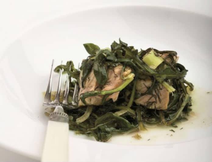 Η συνταγή της ημέρας: Χοιρινό με τσιγαριαστά χόρτα!