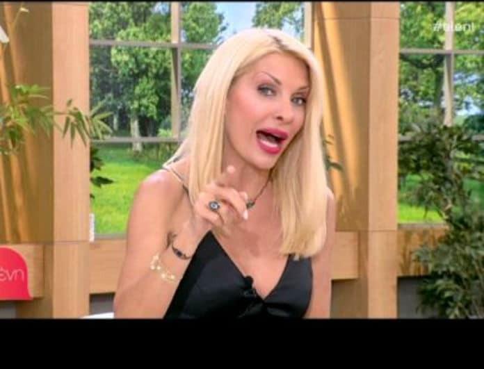 Η Ελένη Μενεγάκη «καρφώνει» τον Αλβάρο! Το δημόσιο σχόλιο και οι μπηχτές για το γάμο του! (Βίντεο)