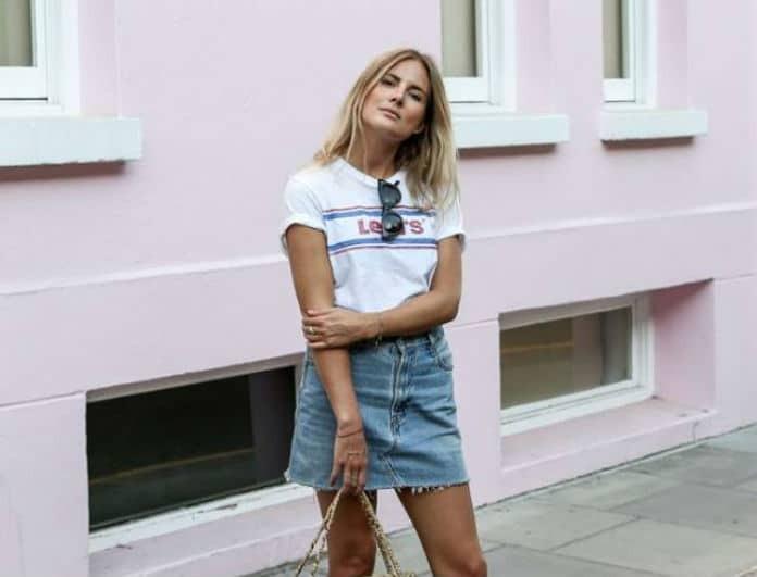 Συνδύασε σωστά την denim φούστα σου! Η Fashion editor του Youweekly.gr προτείνει!