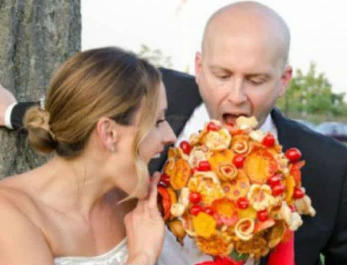 Είναι τα μπουκέτα… πίτσας η νέα τάση στους γάμους;