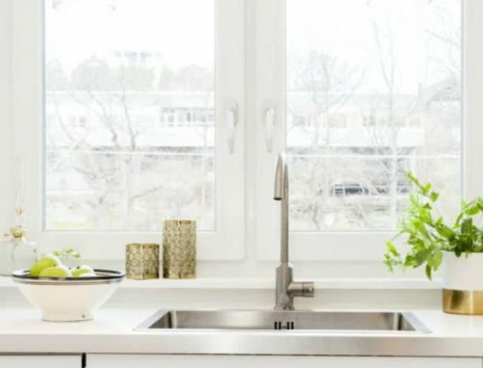 Πλύνατε τα πιάτα! Αυτό είναι ο ένα και μοναδικό πράγμα που πρέπει να κάνετε αμέσως!