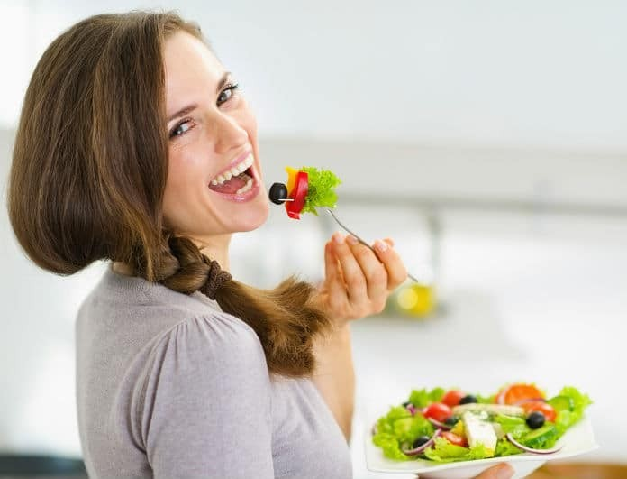 Γρήγορη δίαιτα: Νιώθεις φουσκωμένη; Πως θα ξεφορτωθείς τα περιττά κιλά σε χρόνο dt!