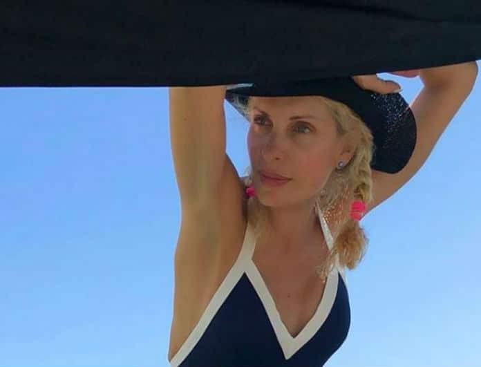 Η μαγευτική φωτογραφία της Ελένης Μενεγάκη στην Ίο που θα σας κάνει να ζηλέψετε!