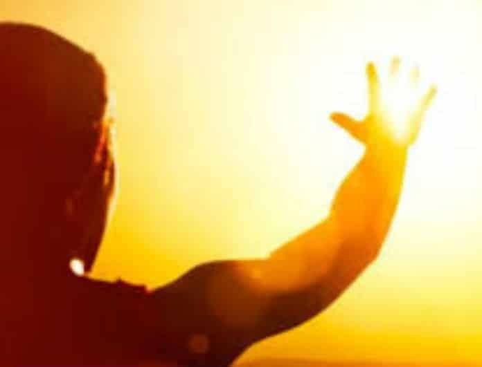 Θερμοπληξία: Ποια είναι τα συμπτώματα της πάθησης του καλοκαιριού;