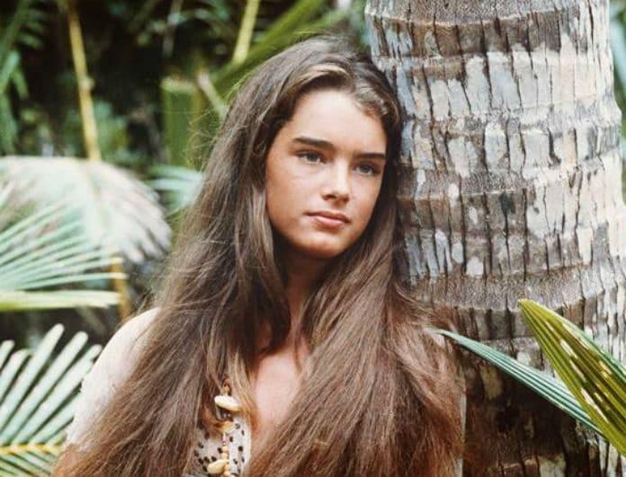 Θυμάστε την πρωταγωνίστρια της Γαλάζιας Λίμνης; Δείτε πως είναι στα 53 της χρόνια!