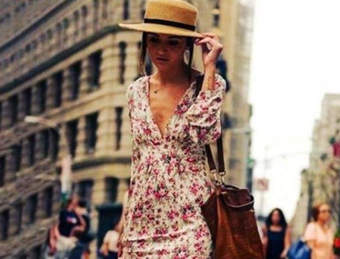 Floral αέρινο φόρεμα: Με τι θα το συνδυάσεις για τις πιο ρομαντικές εμφανίσεις!