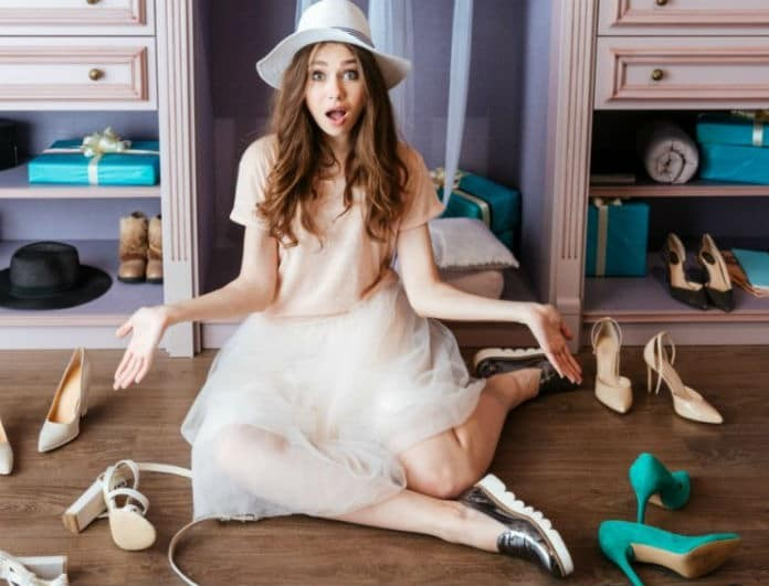 Δερμάτινα παπούτσια: Καν'τα να λάμπουν με αυτό το εύκολο tip!