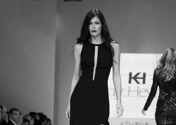 161ed86f827 Ο λόγος για την κούκλα Έφη Αναστασοπούλου. Η όμορφη Έφη εργαζόταν 9 χρόνια ως  μοντέλο για γνωστά fashion brands της Ελλάδας και του εξωτερικού, ...