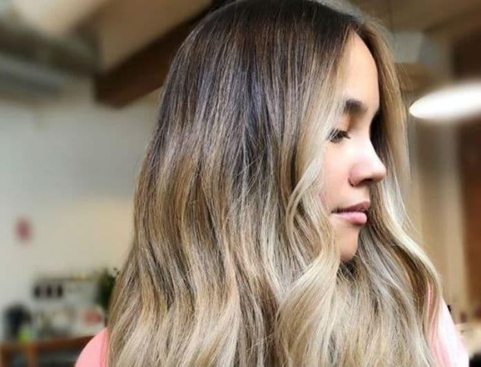 Blonde Roast: Η νέα τάση στο χρώμα των μαλλιών που ταιριάζει σε όλες!