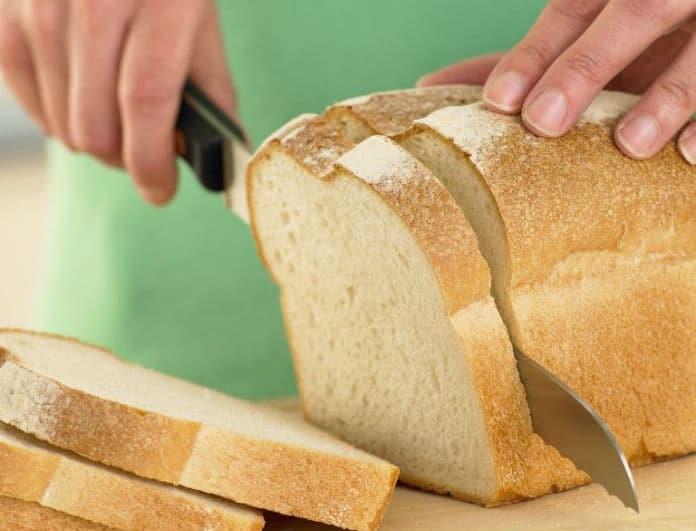 Και όμως τόσα χρόνια κόβαμε το ψωμί λάθος! Αυτός είναι ο σωστός τρόπος!