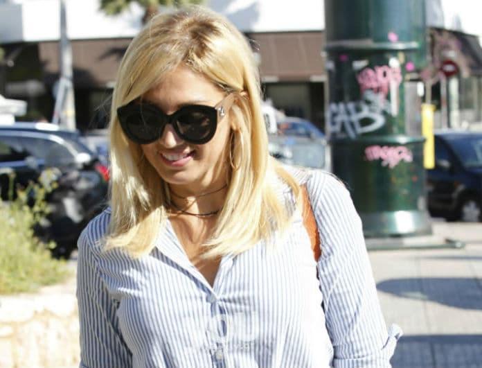 Κωνσταντίνα Σπυροπούλου: Το casual chic look της είναι must για πρωινή εμφάνιση!