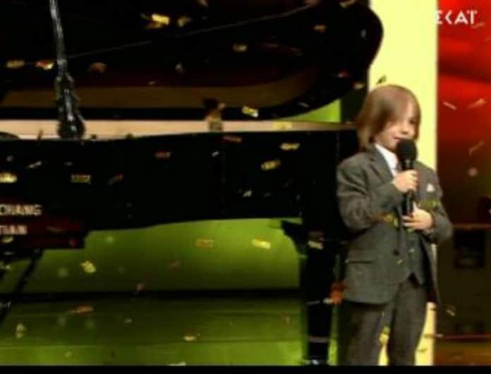 Ελλάδα έχεις Ταλέντο: Ο μικρός Στέλιος τους έκανε να υποκλιθούν στο ταλέντο του! Πέρασε στους ημιτελικούς! (βίντεο)