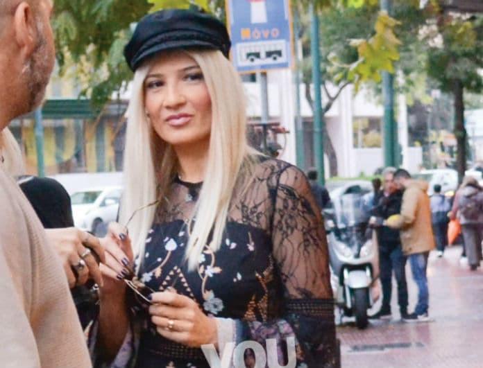 Φαίη Σκορδά: Απέκτησε τον παριζιάνικο αέρα της! Η πιο σικ εμφάνιση ever!