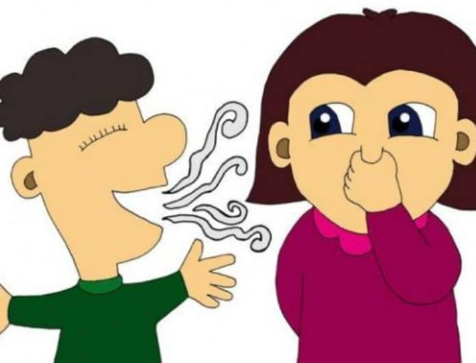 Έχεις δυσάρεστη αναπνοή; Με αυτό τον τρόπο θα το μάθετε!