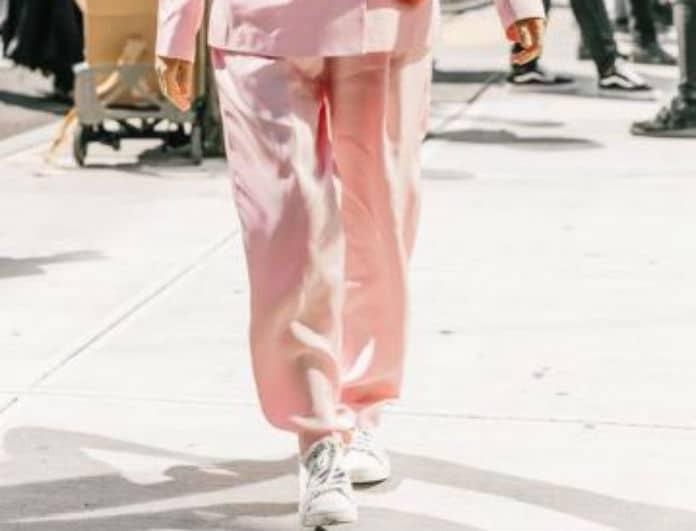 Φόρεσε τα λευκά σου sneaker με τον πιο σικ τρόπο!