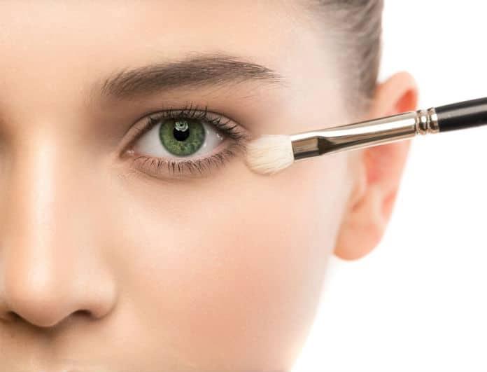 Αυτό είναι το μυστικό για να μην «σπάει» το μακιγιάζ σου!