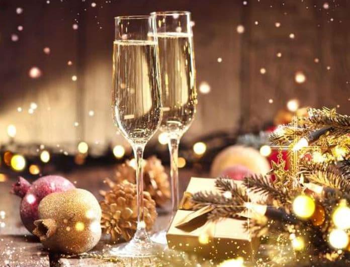 Χριστούγεννα 2018: 10 ιδέες για να διακοσμήσετε το σαλόνι σας!