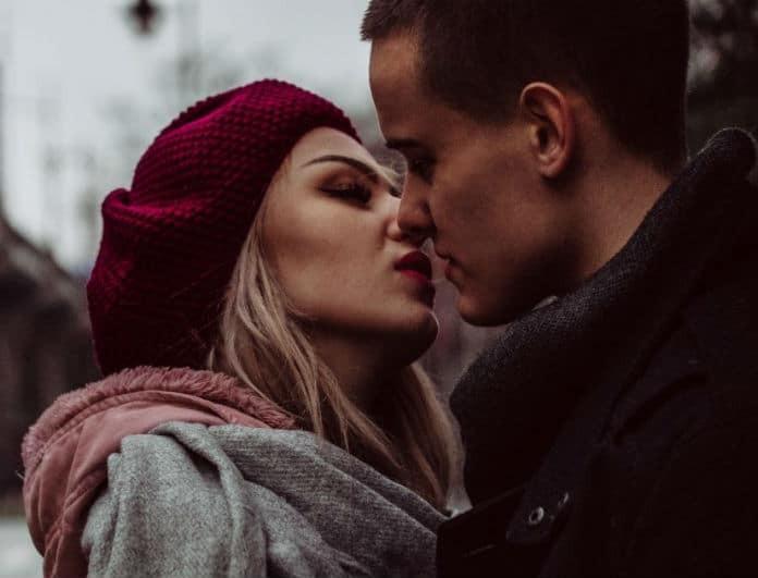 Be a good kisser: Κάντον να κολλήσει από το πρώτο σας φιλί! Αυτός είναι ο τρόπος!