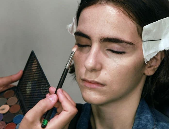 Το μυστικό πασίγνωστων make up artists για αψεγάδιαστο μακιγιάζ μόλις αποκαλύφθηκε!