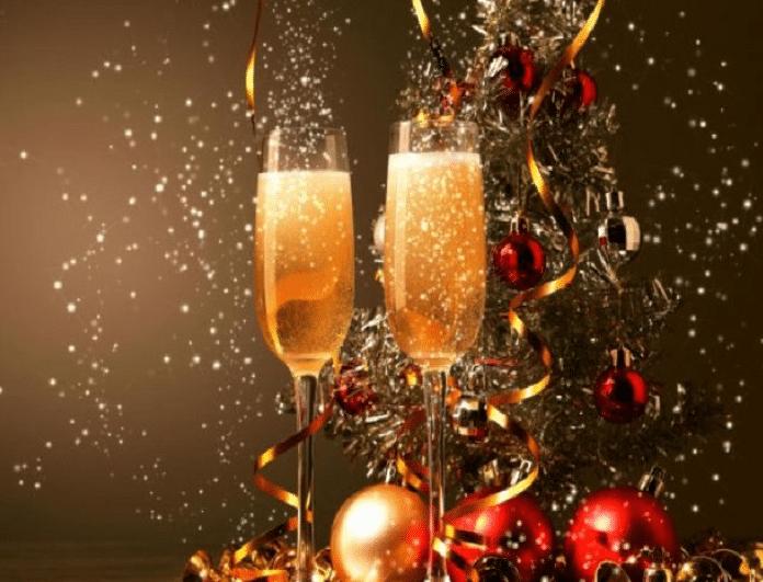 Χριστούγεννα: 2 φορέματα να κλέψεις την παράσταση στην έξοδο με τις φίλες σου!