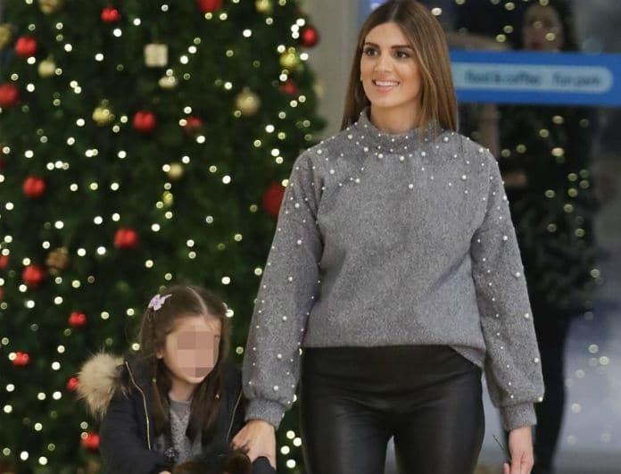 Σταματίνα Τσιμτσιλή: Η τρυφερή φωτογραφία με την κορούλα της! Τι έφτιαξαν για τα Χριστούγεννα;