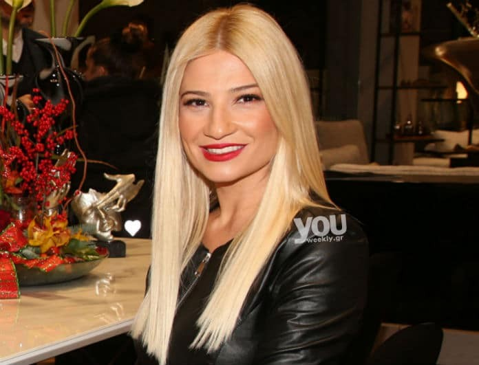 Φαίη Σκορδά: To total leather look σε δημόσια εμφάνιση της, ανέδειξε την σιλουέτα της!
