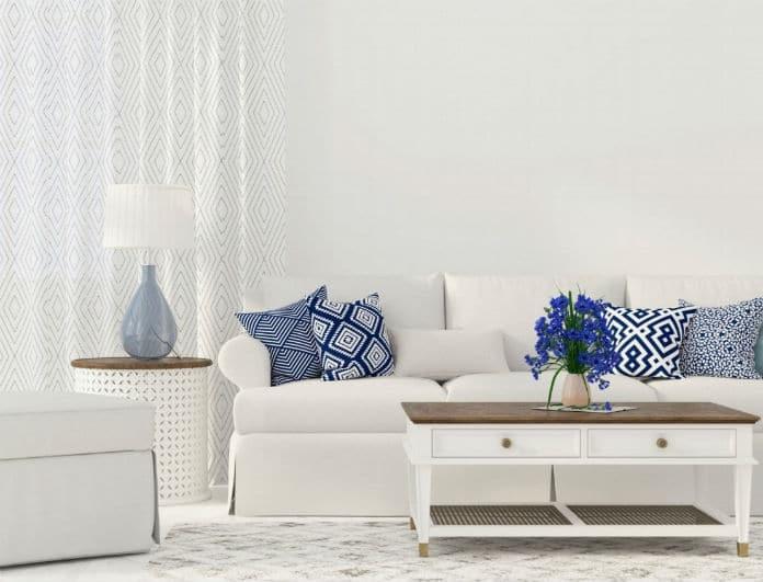Καθαρίστε τον καναπέ σας χωρίς περιττά έξοδα! Αυτοί είναι οι τρόποι!