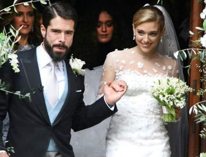 Γουλανδρή - Λαιμός: Δεν φαντάζεστε ποιος σχεδίασε το δαχτυλίδι των αρραβώνων τους!