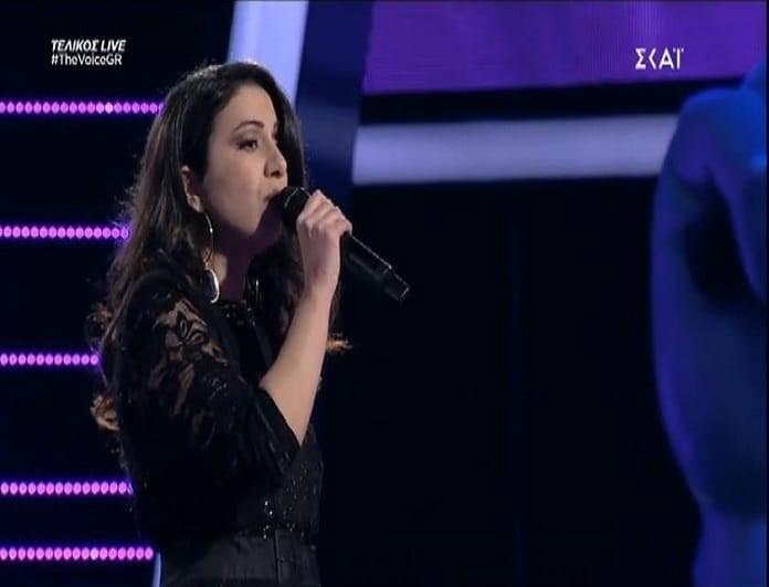 The Voice: Η... ρετρό ερμηνεία της Λεμονιάς Μπέζα! (video)